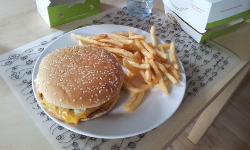 Burger mew!