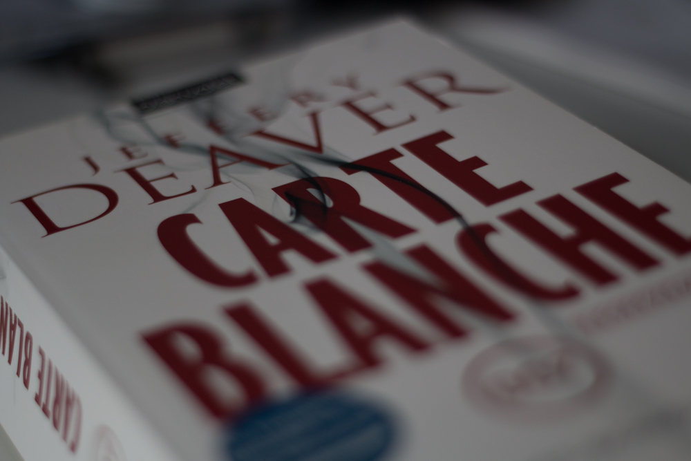 Bond is back – Carte Blanche