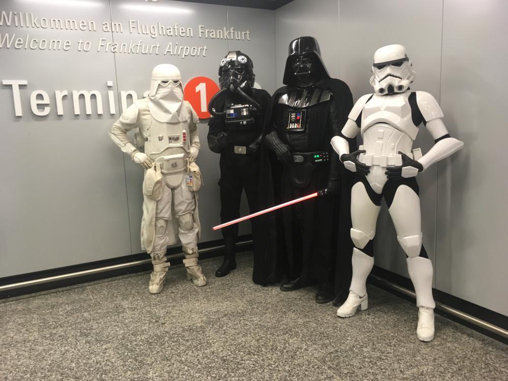 Airport-Troop